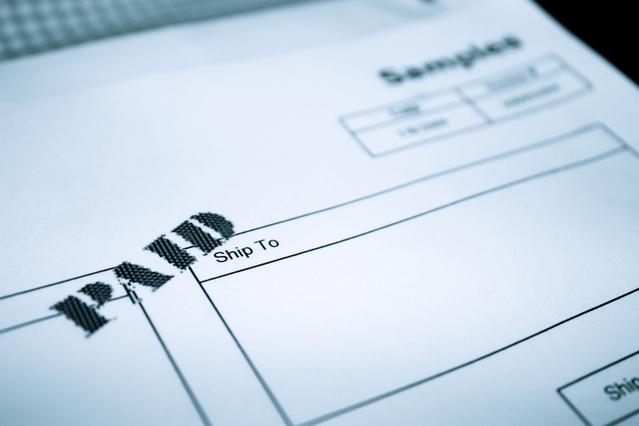 paid-invoice-1413750-639x426